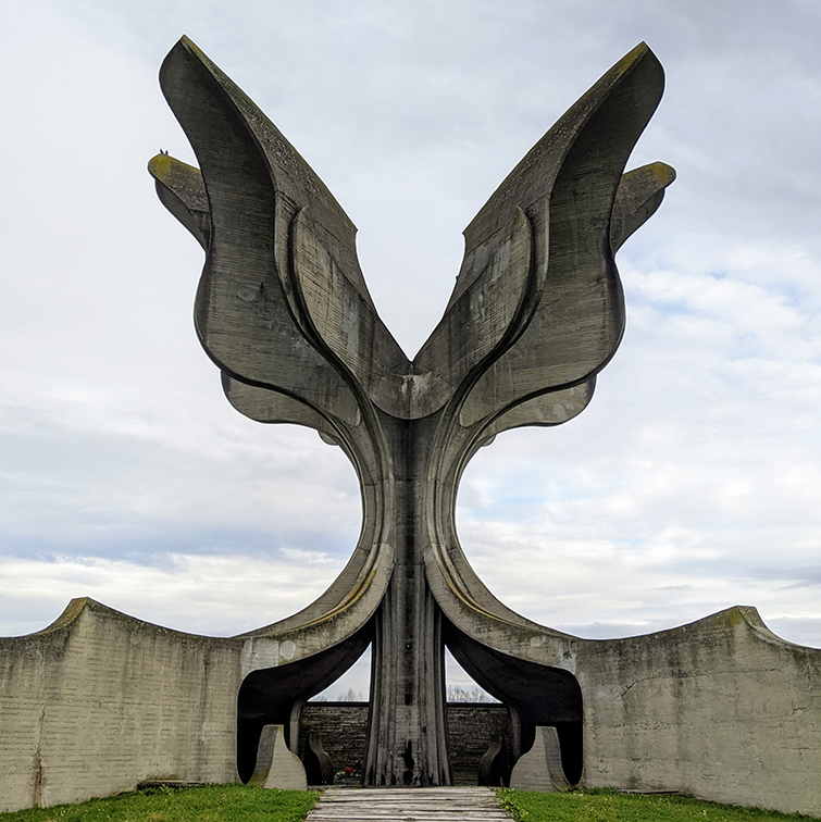 WWII monument at Jasenovac