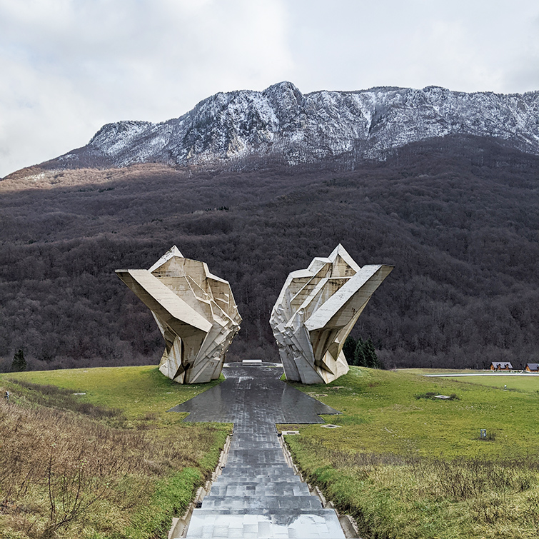 WWII monument at Sutjeska
